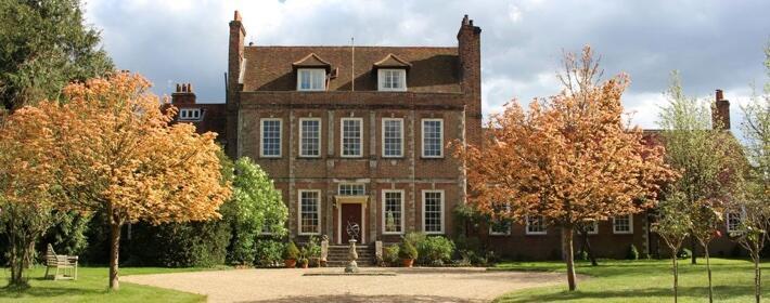 Dawnton Abbey: A la venta la mansión de Lady Violet Crawley