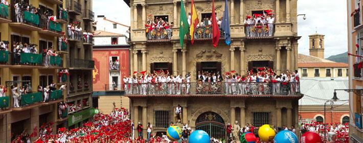 El negocio de los balcones en San Fermín