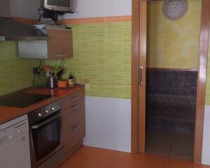 Apartamento con calefacción en Alegría