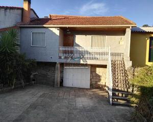 Casa con jardin en O Pino, Ourense