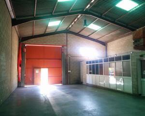 Nave Industrial de 4 habitaciones en Polig. Industriales, Huelva