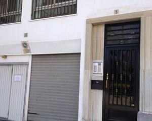 Local comercial con garaje en Centro, Poble Nou Alcoy