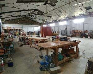 Nave Industrial de 2 habitaciones en Polig. Industriales, Huelva