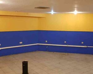 Local comercial de 1 habitación en Auditorio, Centro Oviedo