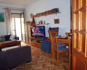 Piso de 4 habitaciones en Centro, Zamora