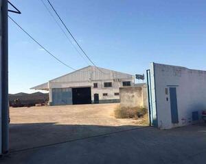 Nave Industrial en Extrarradio, La Roda