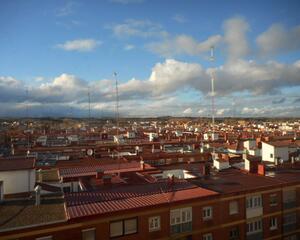 Piso con calefacción en Rondilla, Valladolid