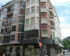 Local comercial en Centro, Cuenca