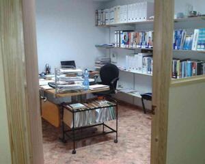 Nave Industrial de 2 habitaciones en Extrarradio, La Roda