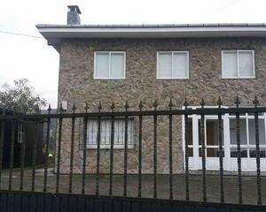 Casa con calefacción en Vilabona, A Pontenova