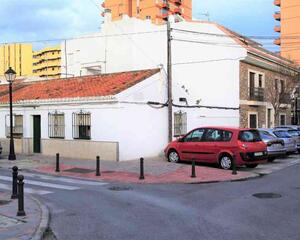 Solar en Paseo Marítimo-Pirámides, Zona Puerto Deportivo Fuengirola