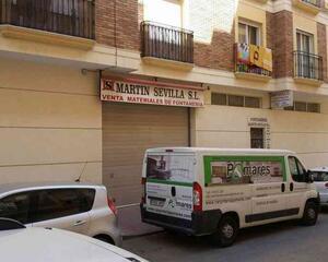 Local comercial a estrenar en Adra