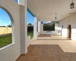 Casa con garaje en Gójar