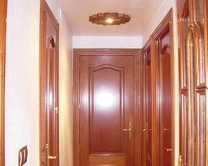 Piso de 3 habitaciones en La Chana, Granada