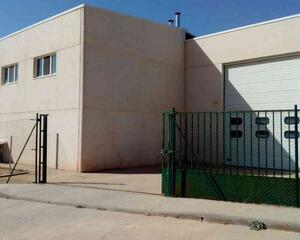 Nave Industrial en Alconaba