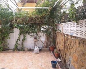 Piso con terraza en Ciudad Jardin, Zapillo Almería