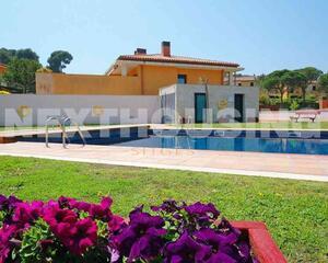 Casa con piscina en Fenals, Lloret de Mar