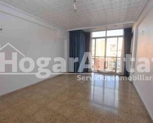 Piso de 3 habitaciones en Sant Isidre, Patraix Valencia