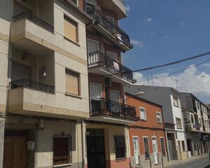 Piso con terraza en Centro, La Asomada La Roda