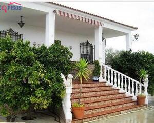 Casa con chimenea en La Guijarrosa, Santaella