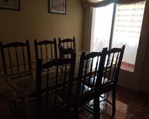 Piso de 3 habitaciones en San Antonio de Padua, Tarazona