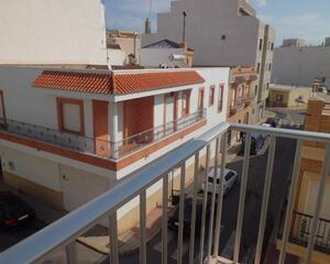 Piso con terraza en Centro, El Ejido
