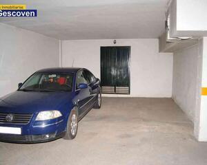 Garaje con trastero en Buena Zona, Alcantara
