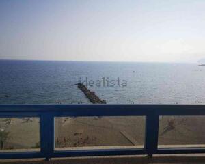 Piso con vistas al mar en Zapillo, Almería