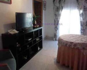 Piso de 3 habitaciones en Centro, Cuenca