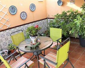 Adosado con terraza en Zaidín, Granada