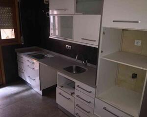 Piso de 3 habitaciones en Centro, Balaguer