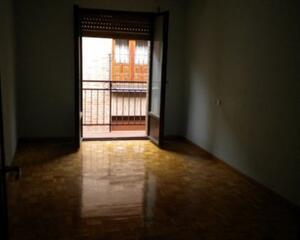 Apartamento con calefacción en Centro, Casco Antiguo León