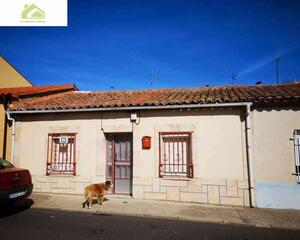 Casa soleado en San Isidro , Zamora