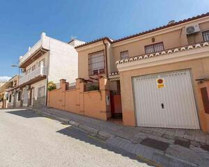 Casa en Parque Almunia, Parque Nueva Granada, Norte Granada