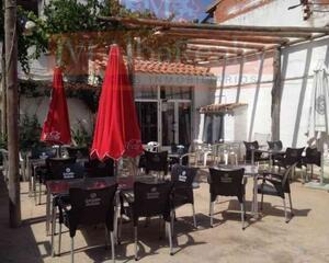 Local comercial con calefacción en Pilar, Salobral
