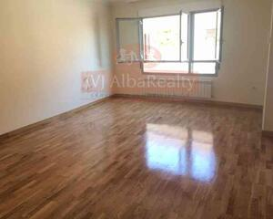 Adosado de 4 habitaciones en Imaginalia, Centro Albacete