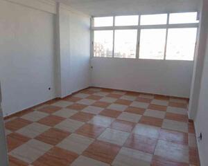 Piso de 3 habitaciones en Carretera de Cádiz, Málaga