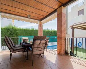 Casa con piscina en Gabia Grande, Las Gabias
