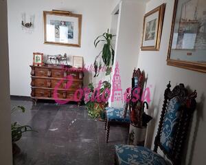 Piso de 8 habitaciones en Centro , Córdoba