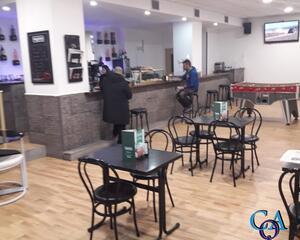 Local comercial de 1 habitación en Centro, Grado