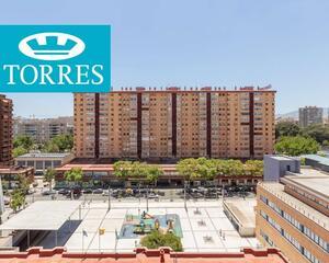 Piso con terraza en Centro, Málaga
