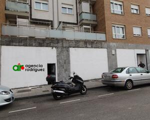 Local comercial en San Lázaro, Campo San Francisco , Centro Oviedo