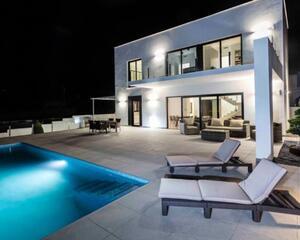 Villa de 3 habitaciones en El Montgó, Denia