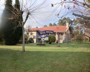 Casa con chimenea en Zona Bertamirans, Ames