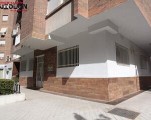 Local comercial en Alminares, Centro Granada