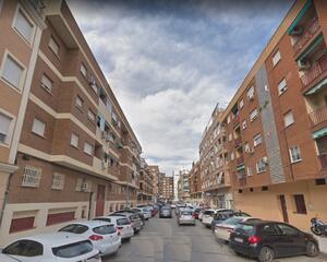Local comercial de 2 habitaciones en Maria Auxiliadora , Badajoz