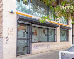 Local comercial con calefacción en Maria Auxiliadora , Badajoz