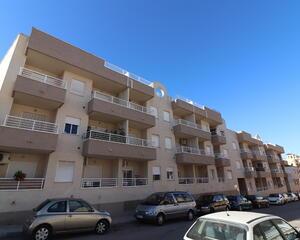 Apartamento de 2 habitaciones en Algorfa