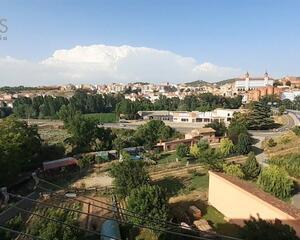 Piso de 4 habitaciones en El Pinar, Teruel