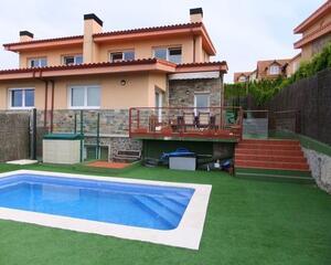 Casa con trastero en Feans, A Coruña
